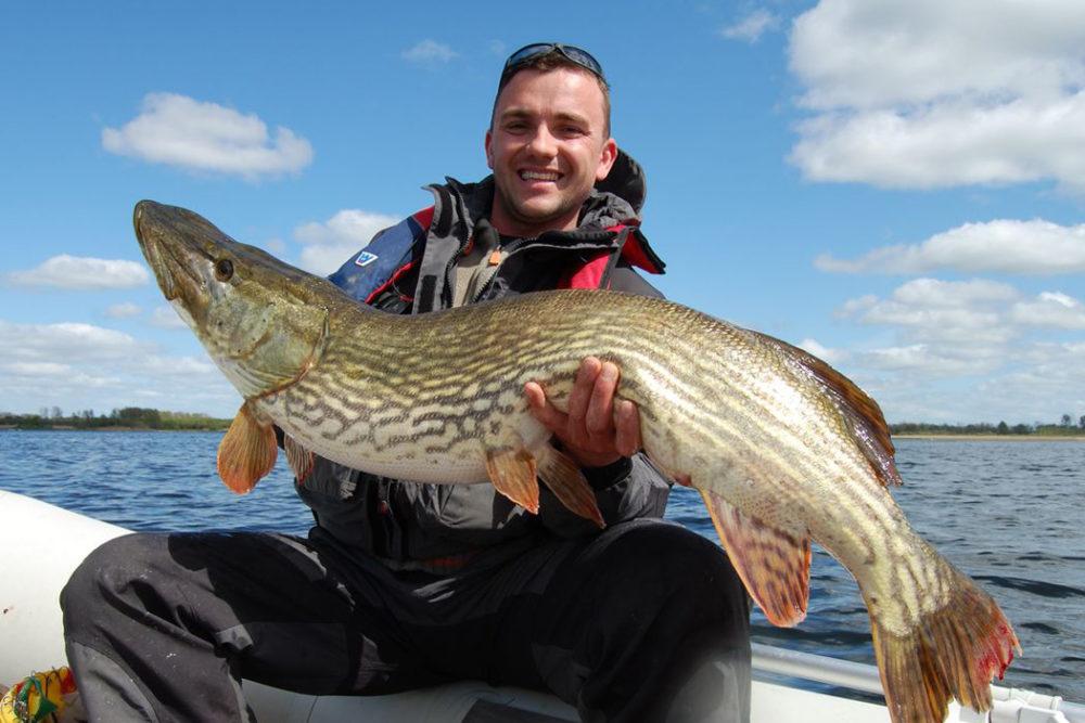 Рыбалка на спиннинг - где и как ловить, особенности спиннингов