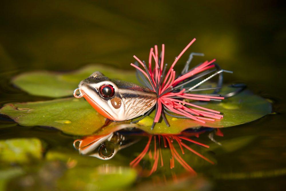??скусственная лягушка для ловли щуки